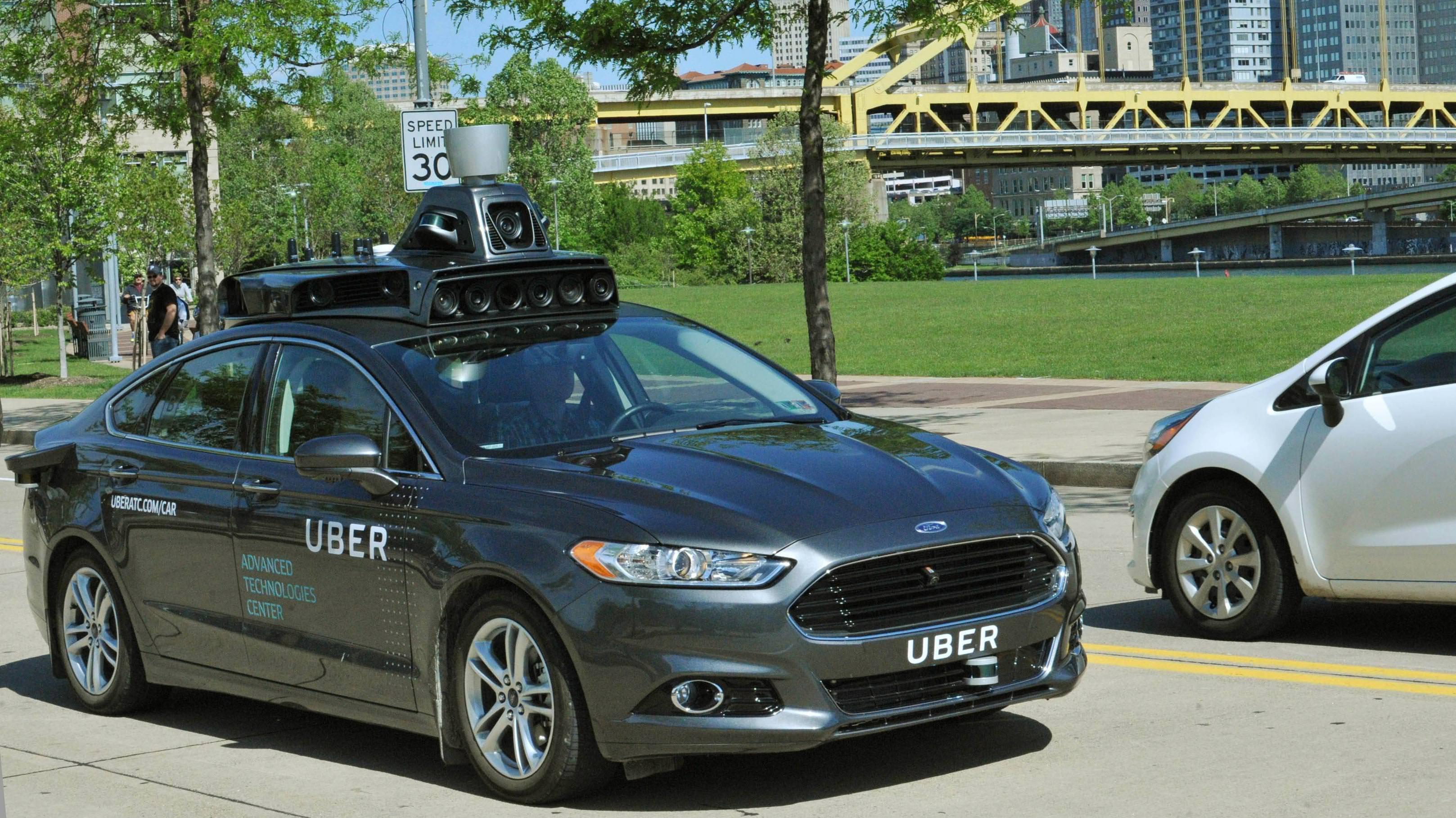 "alt=""Uber Advance Technologies"""