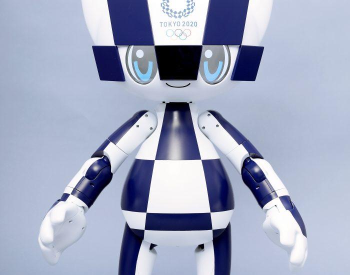 """alt=""""Robot"""""""