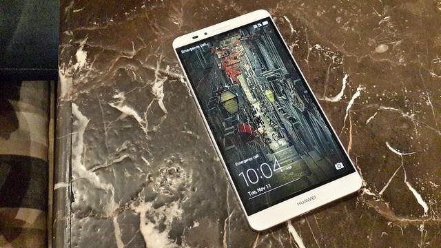 """alt=""""Huawei Ascend Mate 7"""""""
