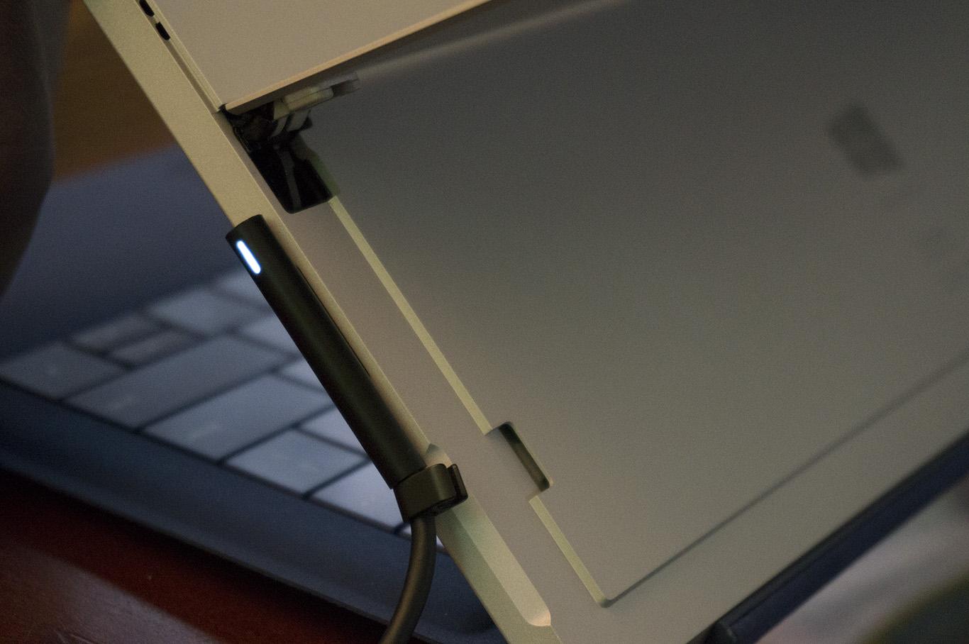 """alt=""""SD Card Connector"""""""