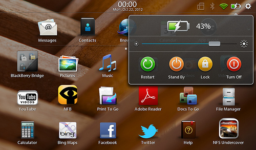 "alt=""หน้าตาของ Playbook OS 2.1 /3"""