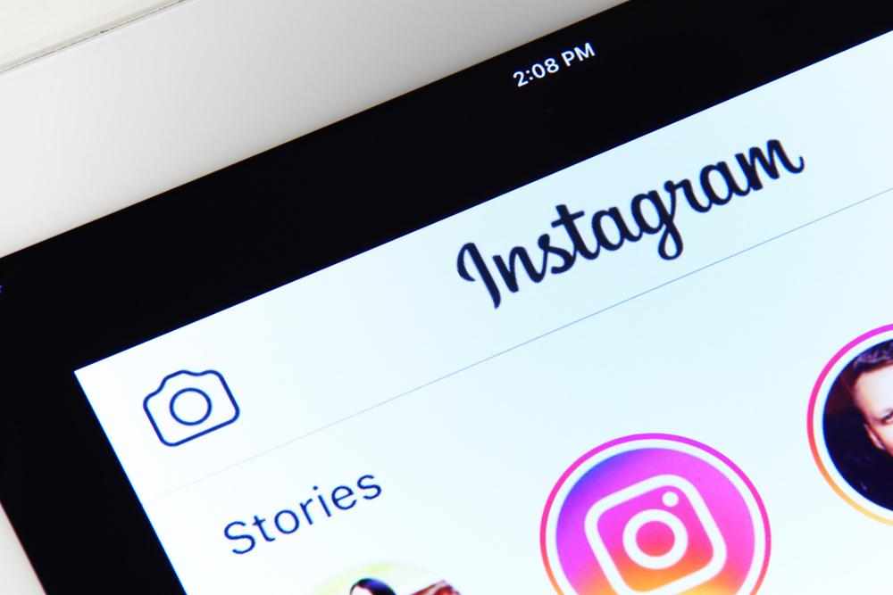 "alt=""Instagram"""