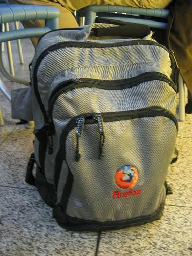 """alt=""""Firefox Bag"""""""