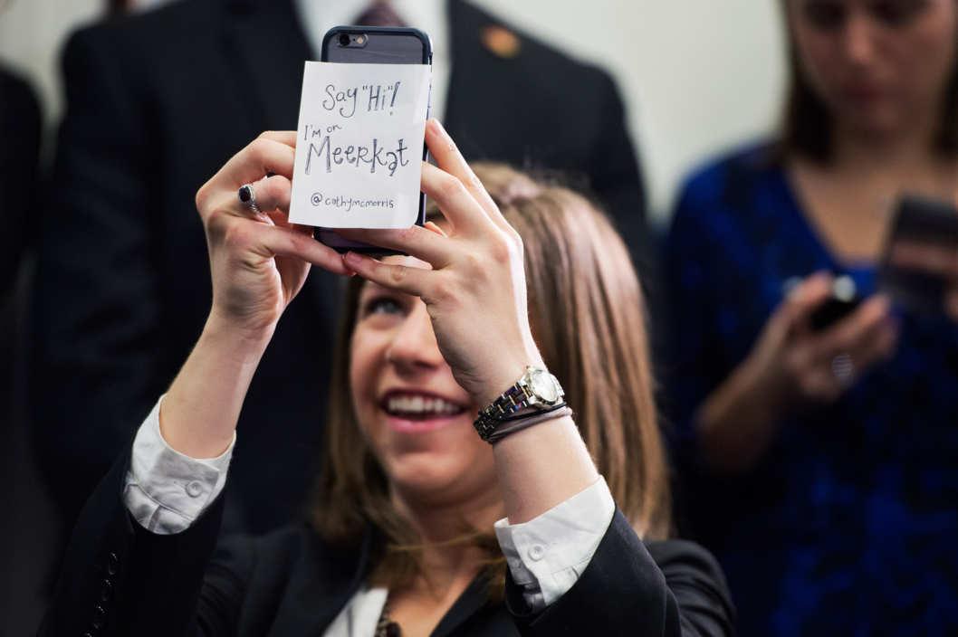 "alt="" SoRelle Wyckoff ใช้ Meerkat ในการถ่ายทอดสดการประชุมของพรรค Republican"""