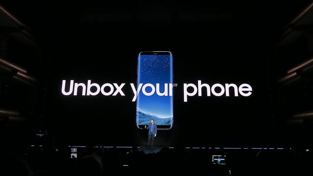 "alt=""Galaxy S8 Unbox"""