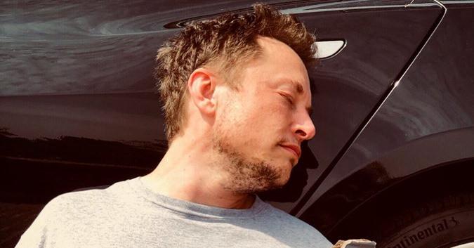 """alt=""""Elon Musk"""""""