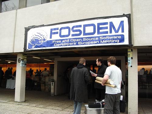 "alt=""FOSDEM Entrance"""