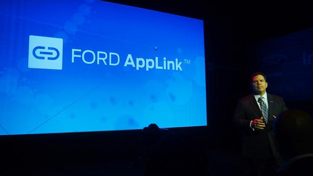 """alt=""""Ford AppLink"""""""