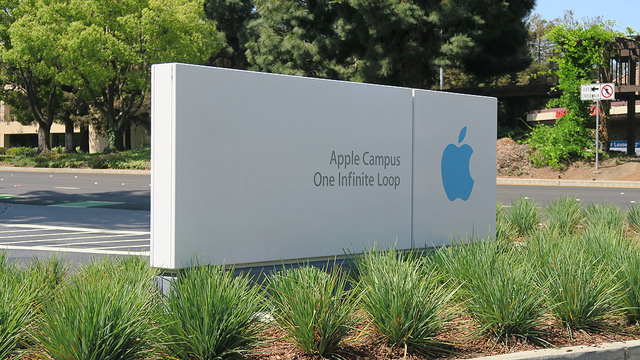 "alt=""Apple HQ"""