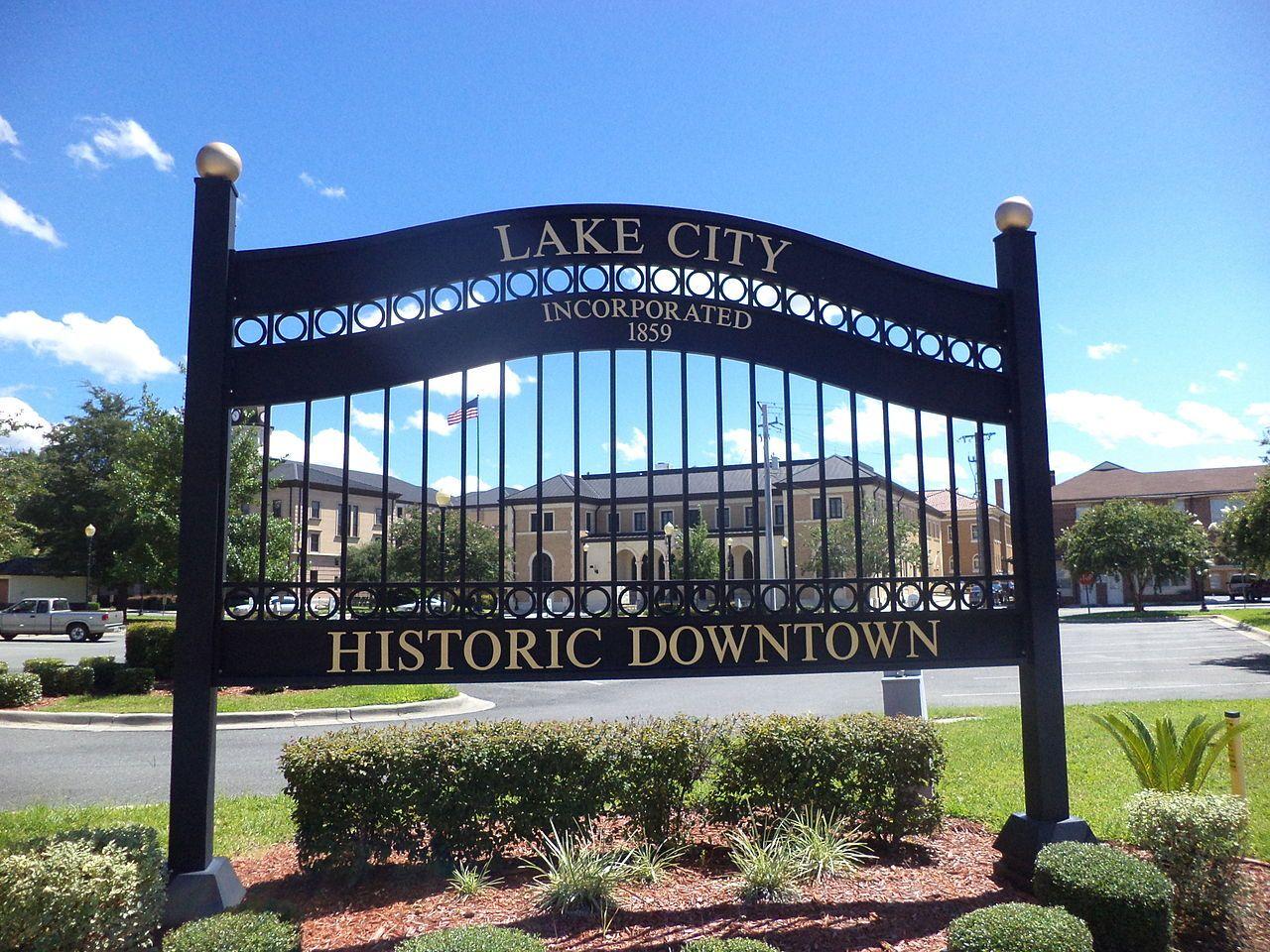 "alt=""Lake City"""