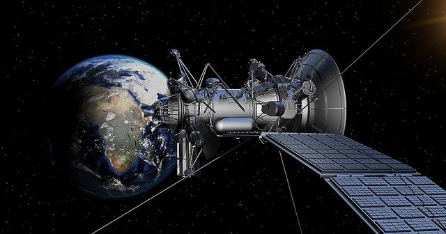 """alt=""""satellite-1820064_1280"""""""