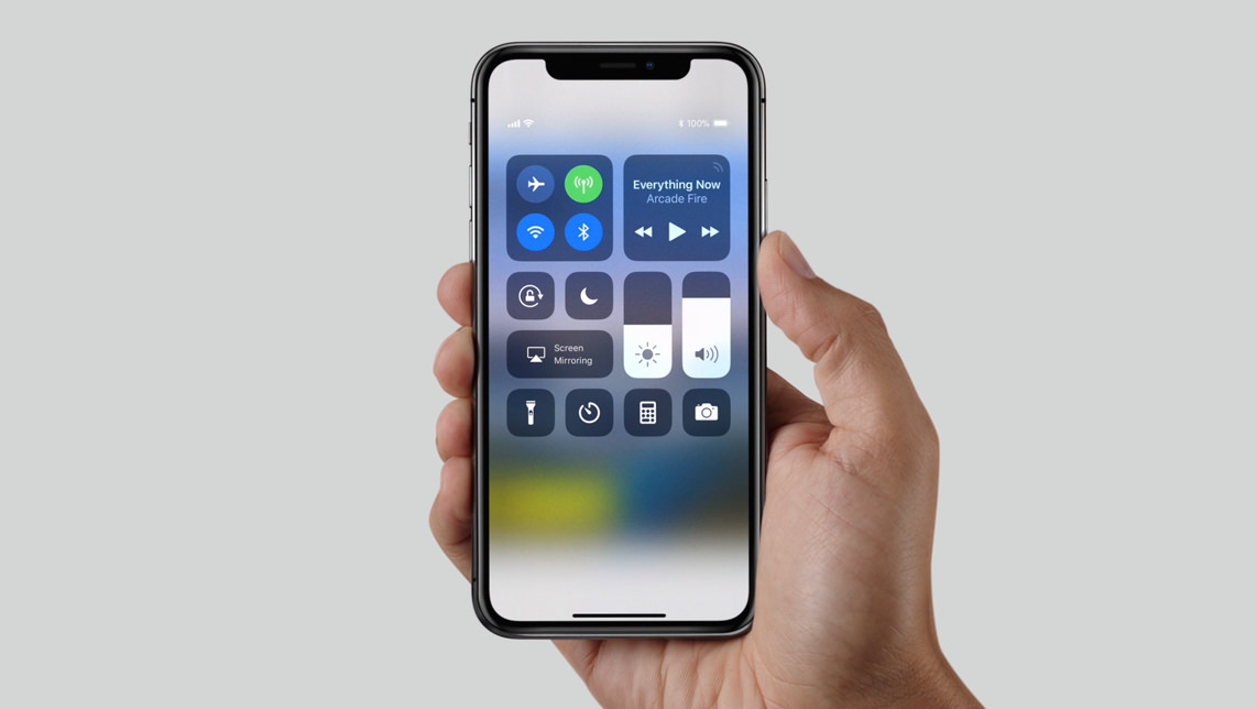 "alt=""iPhone X"""