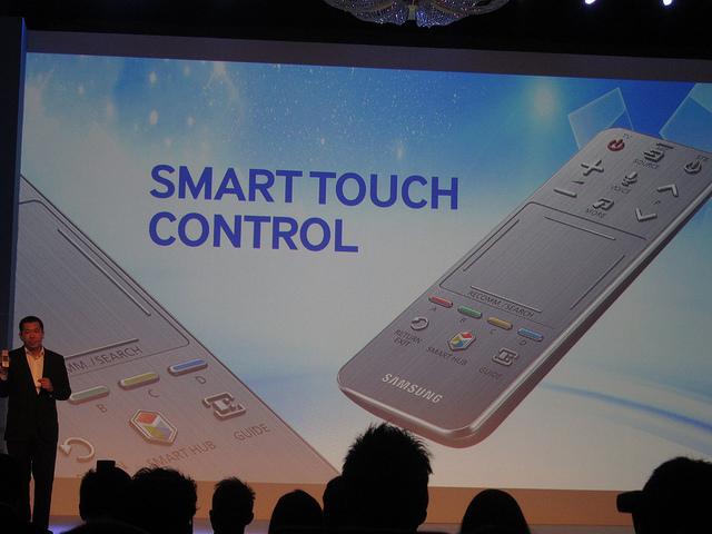 """alt=""""Smart Touch Control"""""""