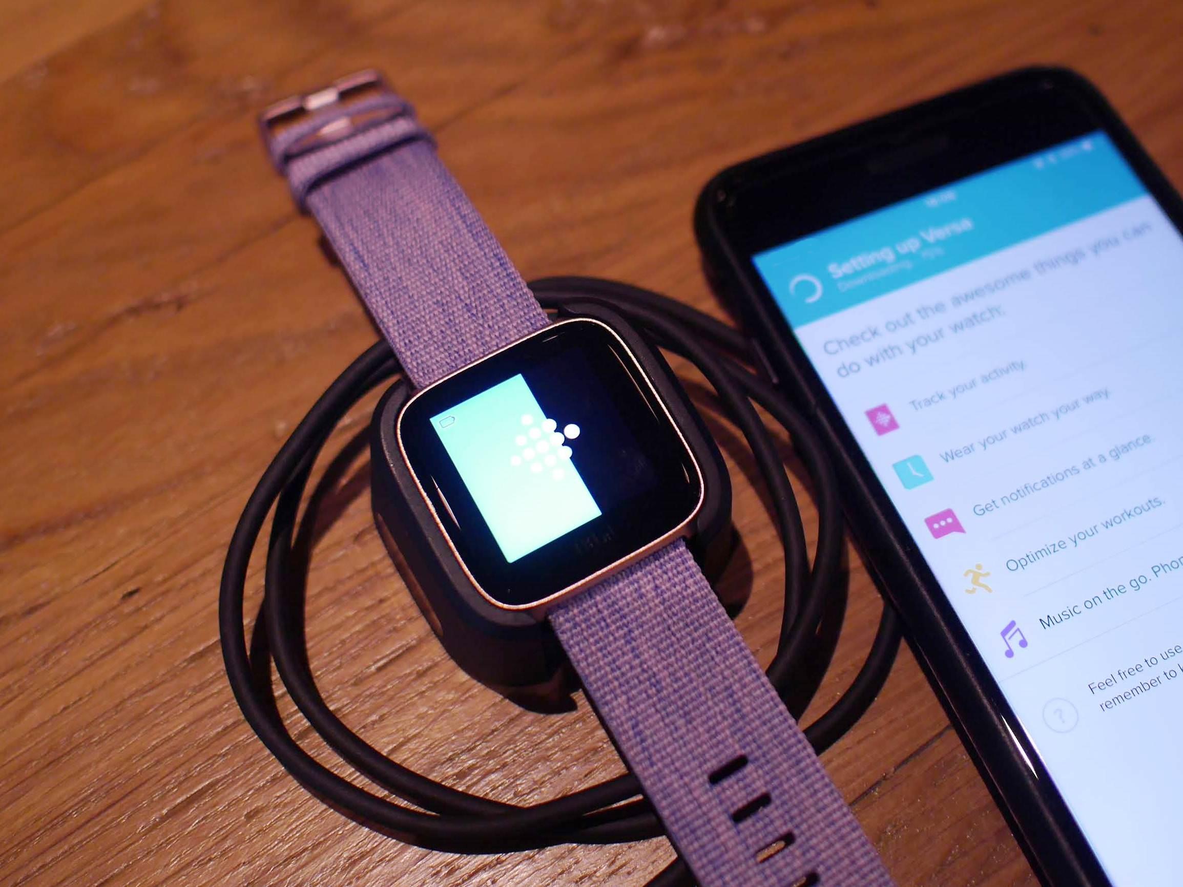 "alt=""Review Fitbit Versa"""