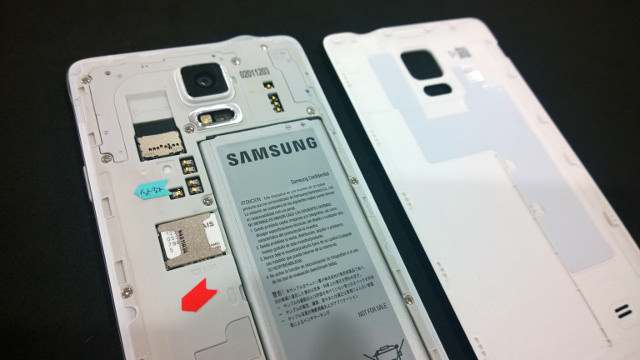 """alt=""""Galaxy Note 4"""""""