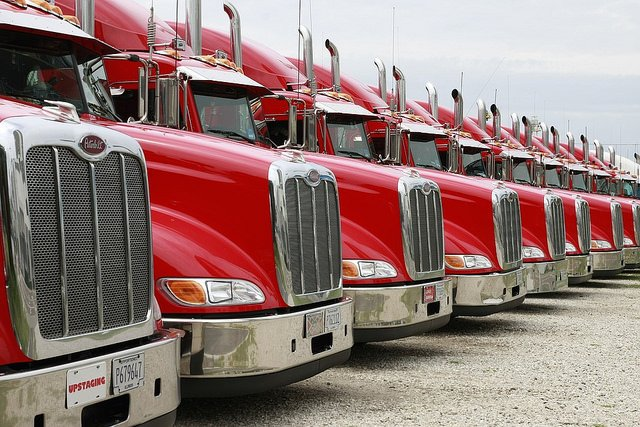 "alt=""trucks-2320435_960_720"""