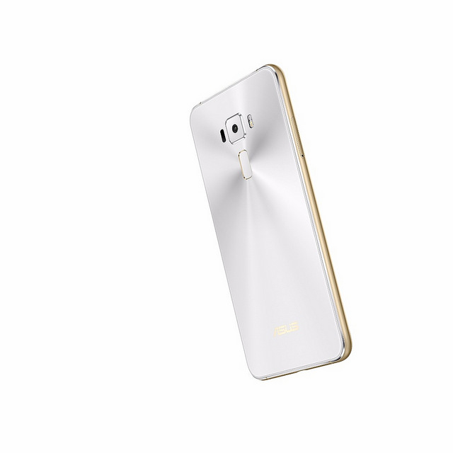 "alt=""ZenFone 3 Moonlight White"""