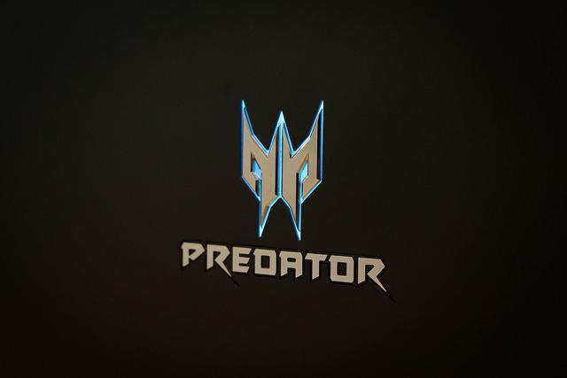 """alt=""""Acer Predator 21x"""""""