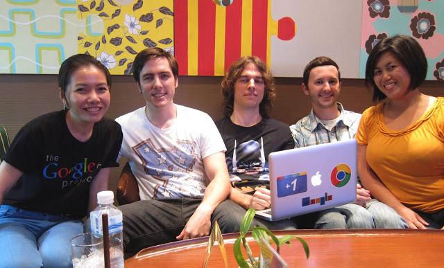"alt=""Google Developer Relations Team"""