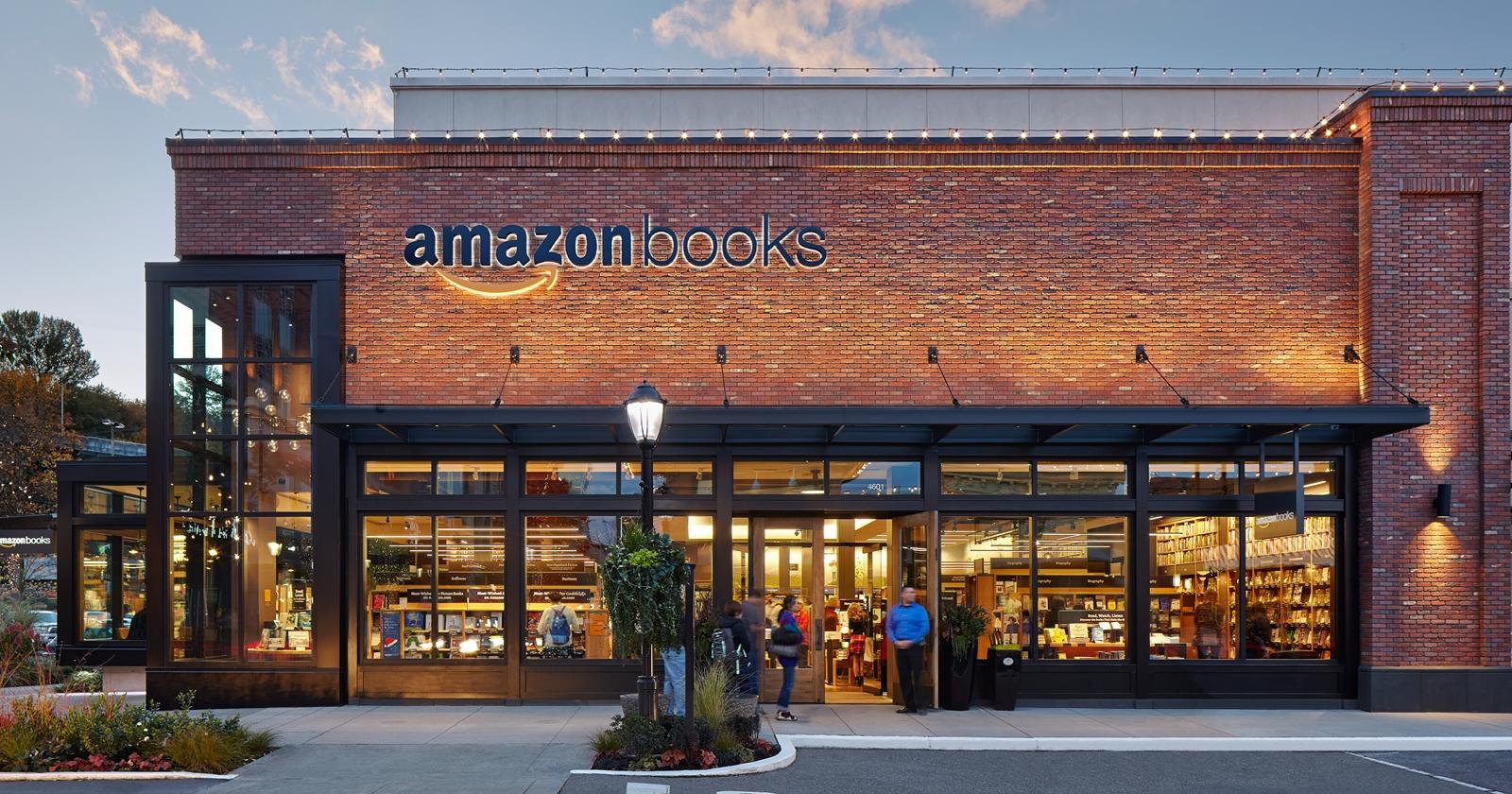 "alt=""Amazon Books"""