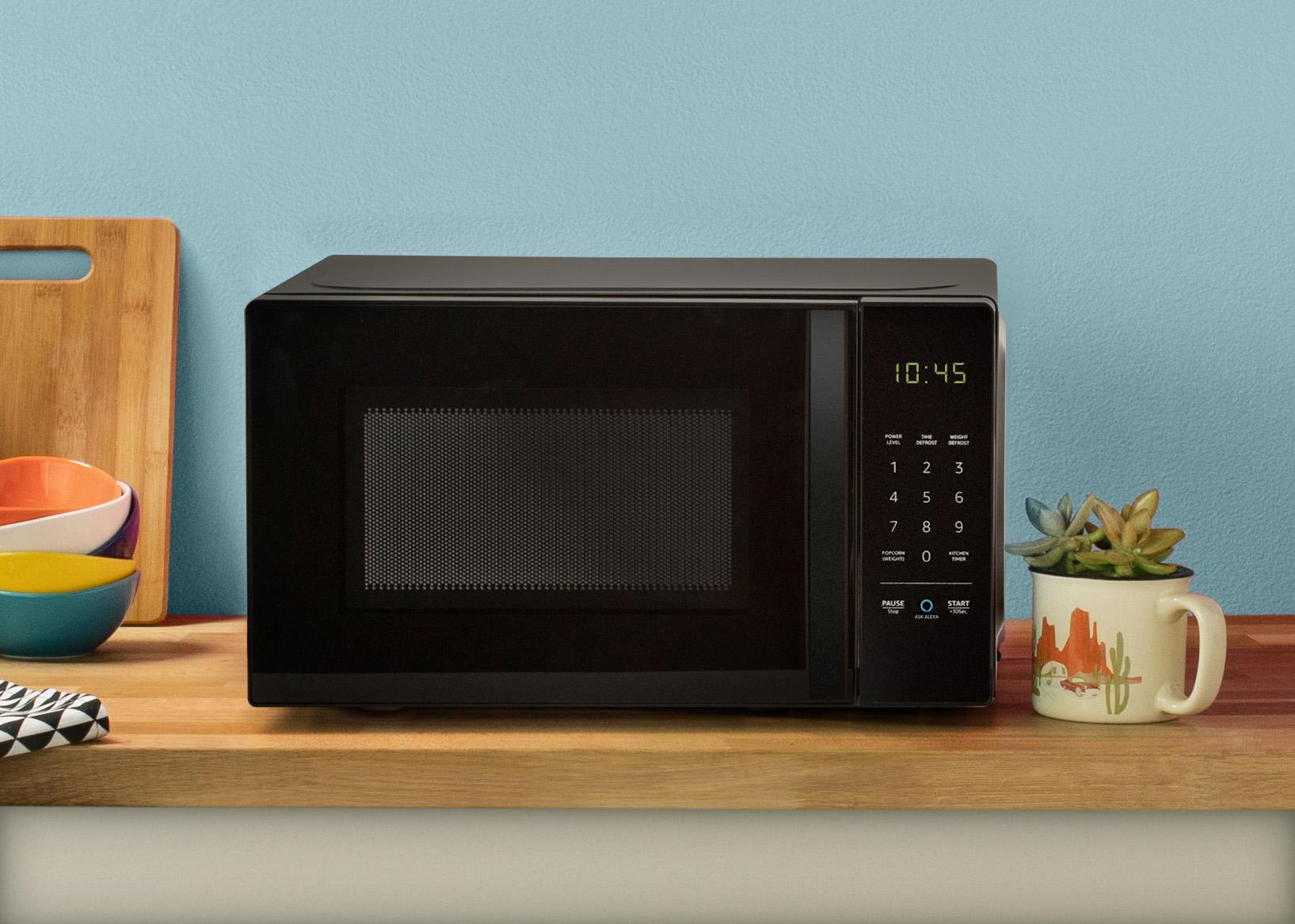 "alt=""AmazonBasics Microwave"""