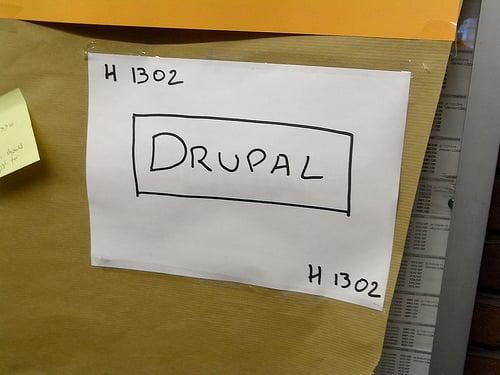 """alt=""""Drupal"""""""