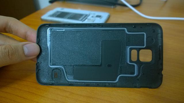 """alt=""""Galaxy S5 Waterproof"""""""