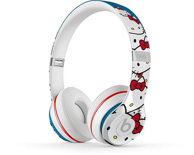 "alt=""Beats-by-Dre-Hello-Kitty-Headphones-3"""