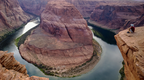 "alt=""Horseshoe Bend of the Colorado River south of Page, Arizona. Zoom in on the hi-res image to see if you can spot the campsite!"""